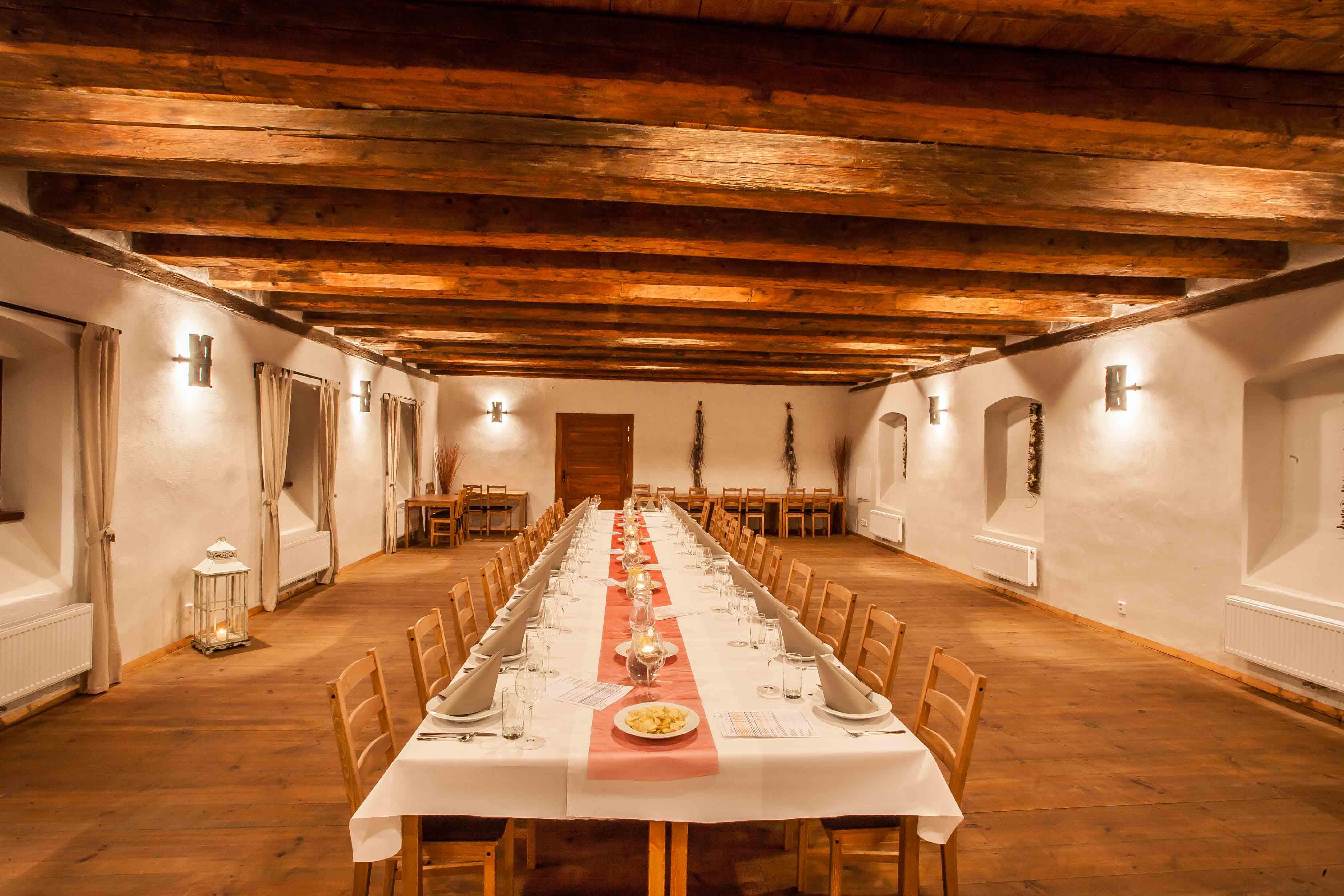 Vinařství Hanzel - hodovní sál