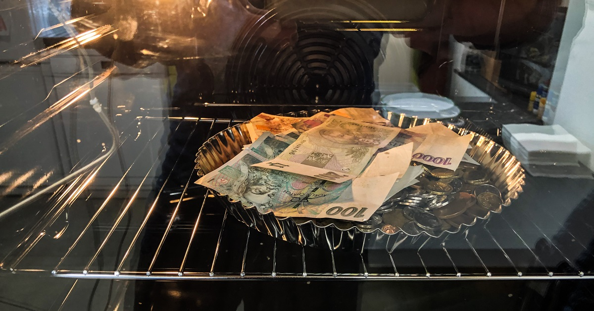 Pečené peníze jsou sterilní
