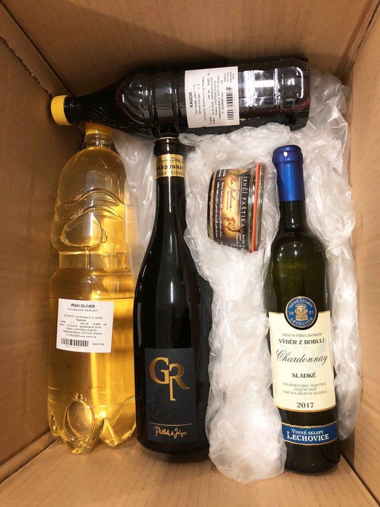 Sudové víno - Vystlaná krabice proti nárazům