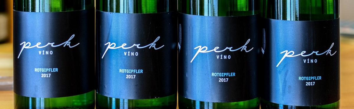 Víno Rotgipfler je prastará a poměrně vzácná odrůda