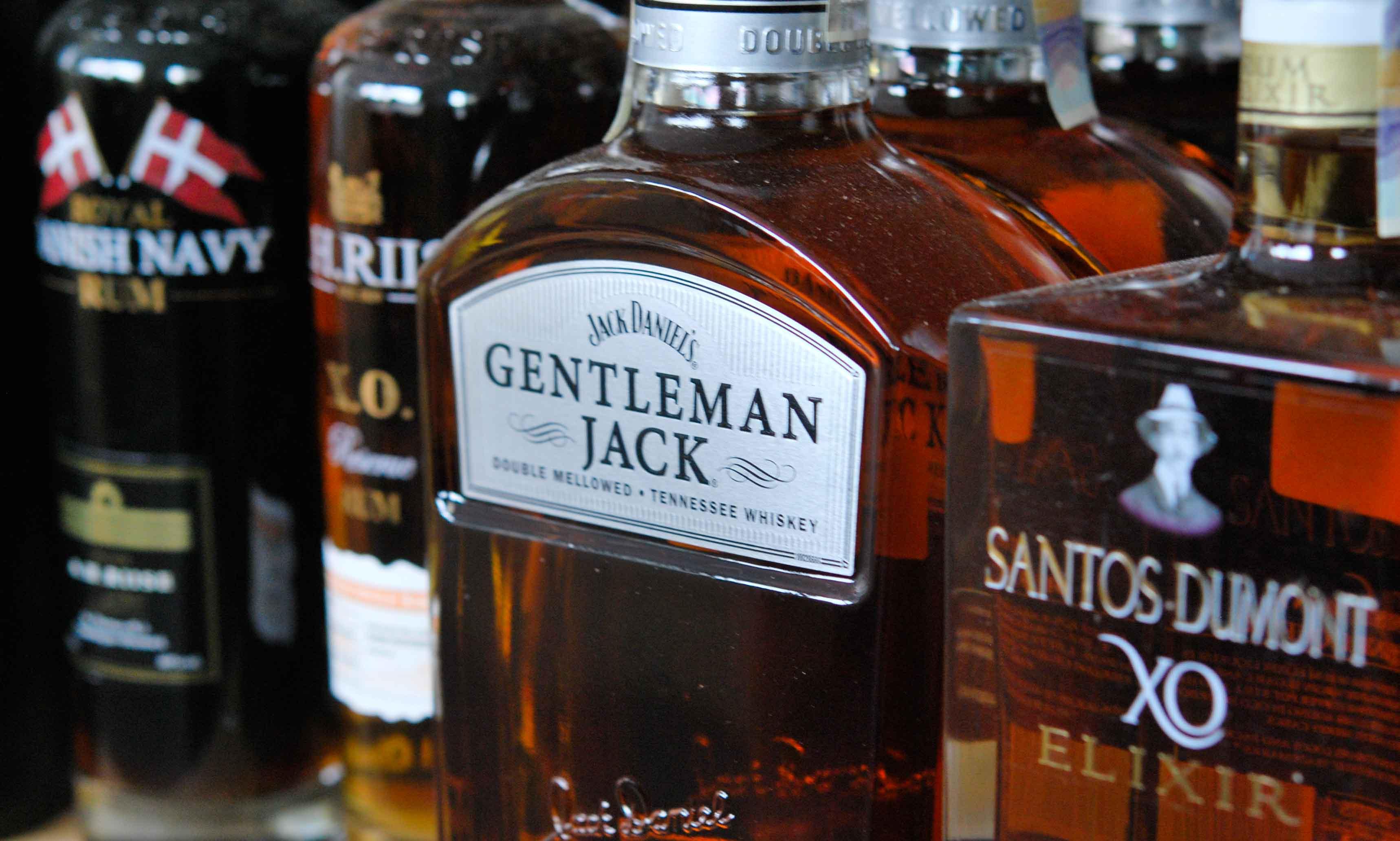 Whisky a Rum v prodeji jako doplňkový přechutnaný sortiment