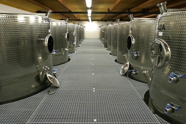 Vinné sklepy Lechovice technologie