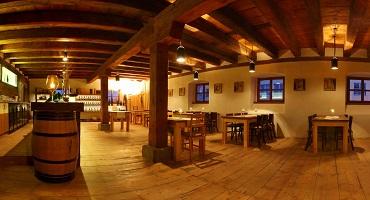 Vinařství Hanzel restaurace - k dobrému vínu patří dobré jídlo