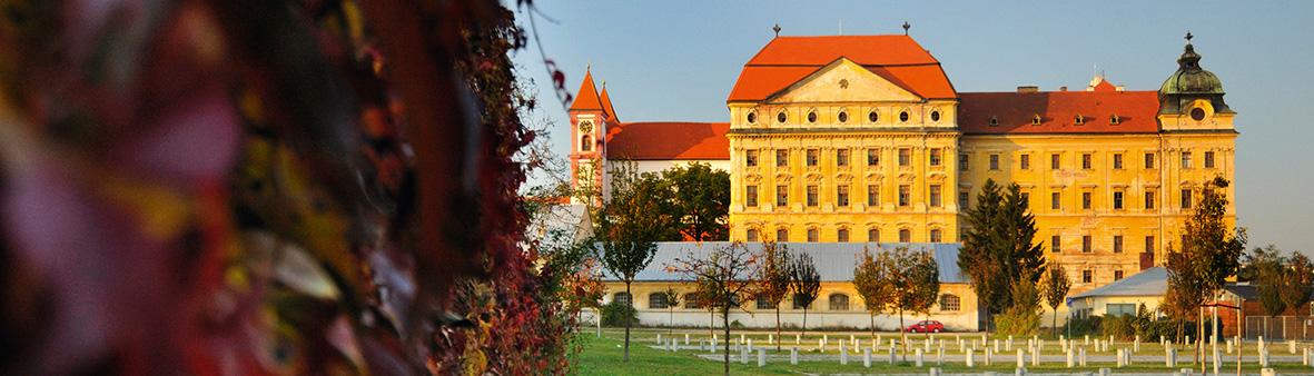 Znovín - návštěvnické centrum je v Louckém klášteře va Znojmě