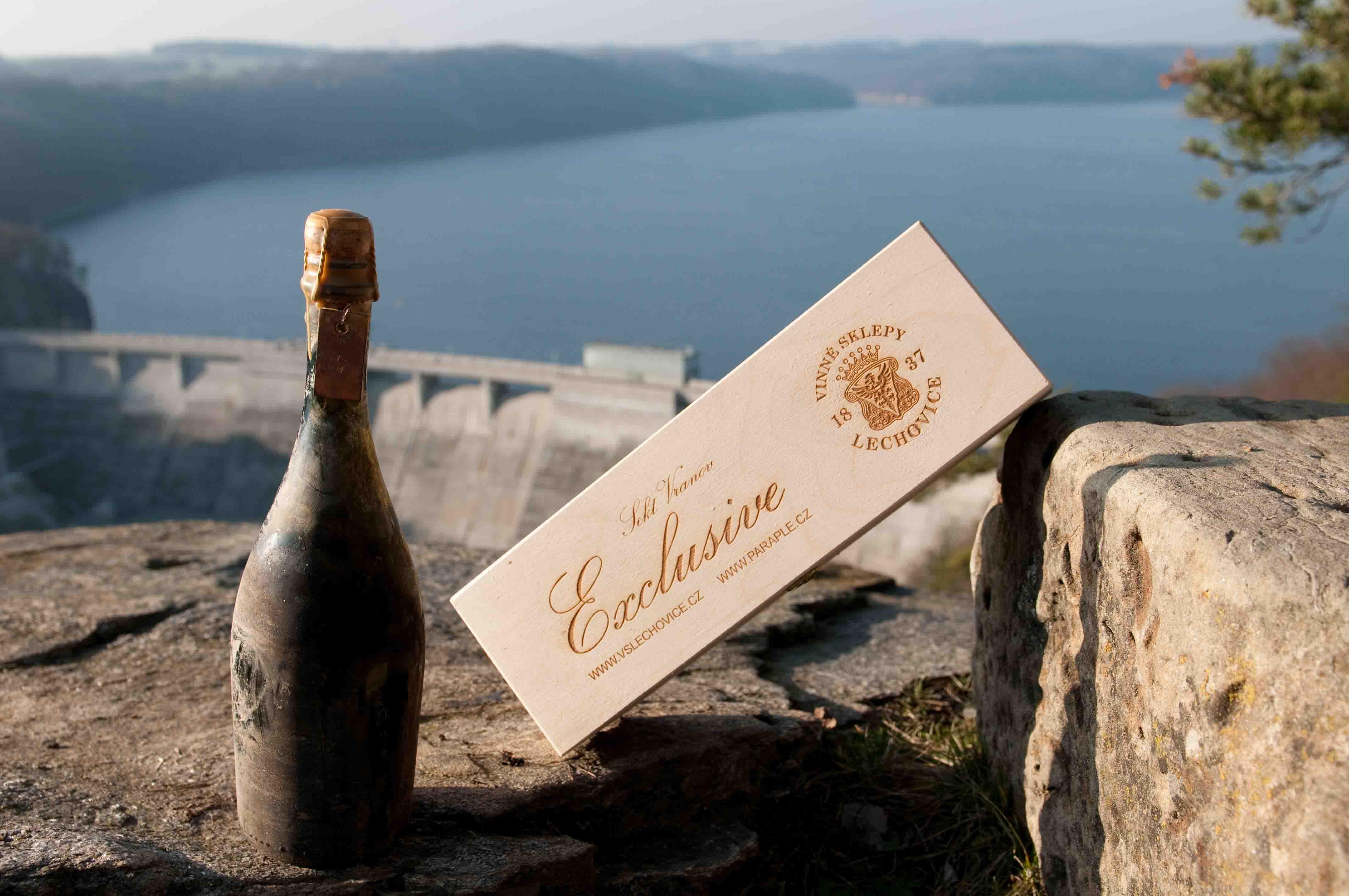 Vinné sklepy Lechovice SEKT z přehrady