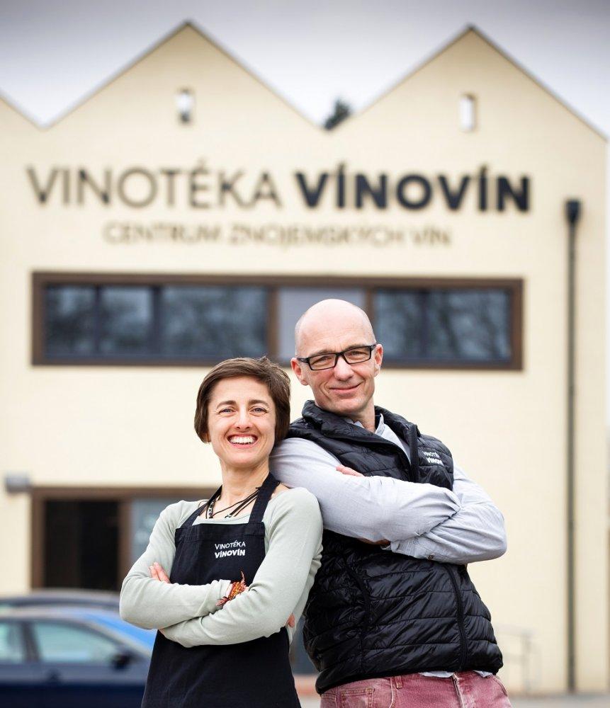 Prodej vína - Vinotéka Vínovín - Lenka a Petr