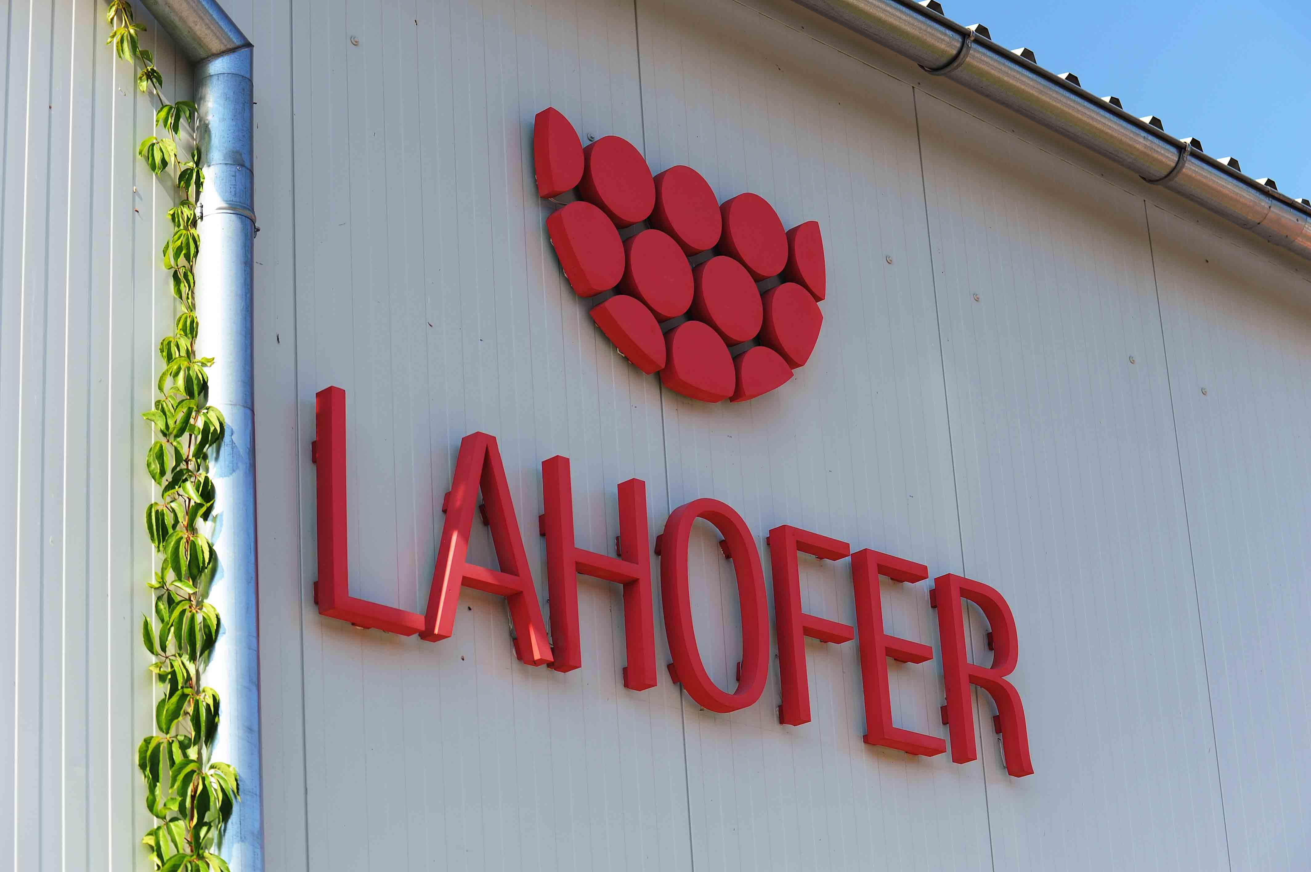Lahofer logo sklad