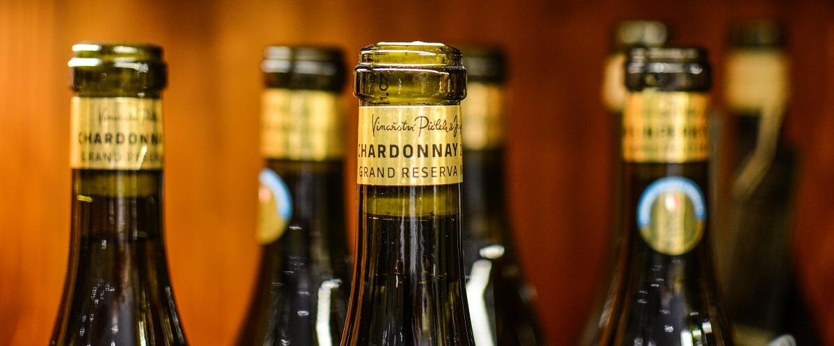 Víno Chardonnay - luxusní záležitost a ještě když se to umí zabalit :)