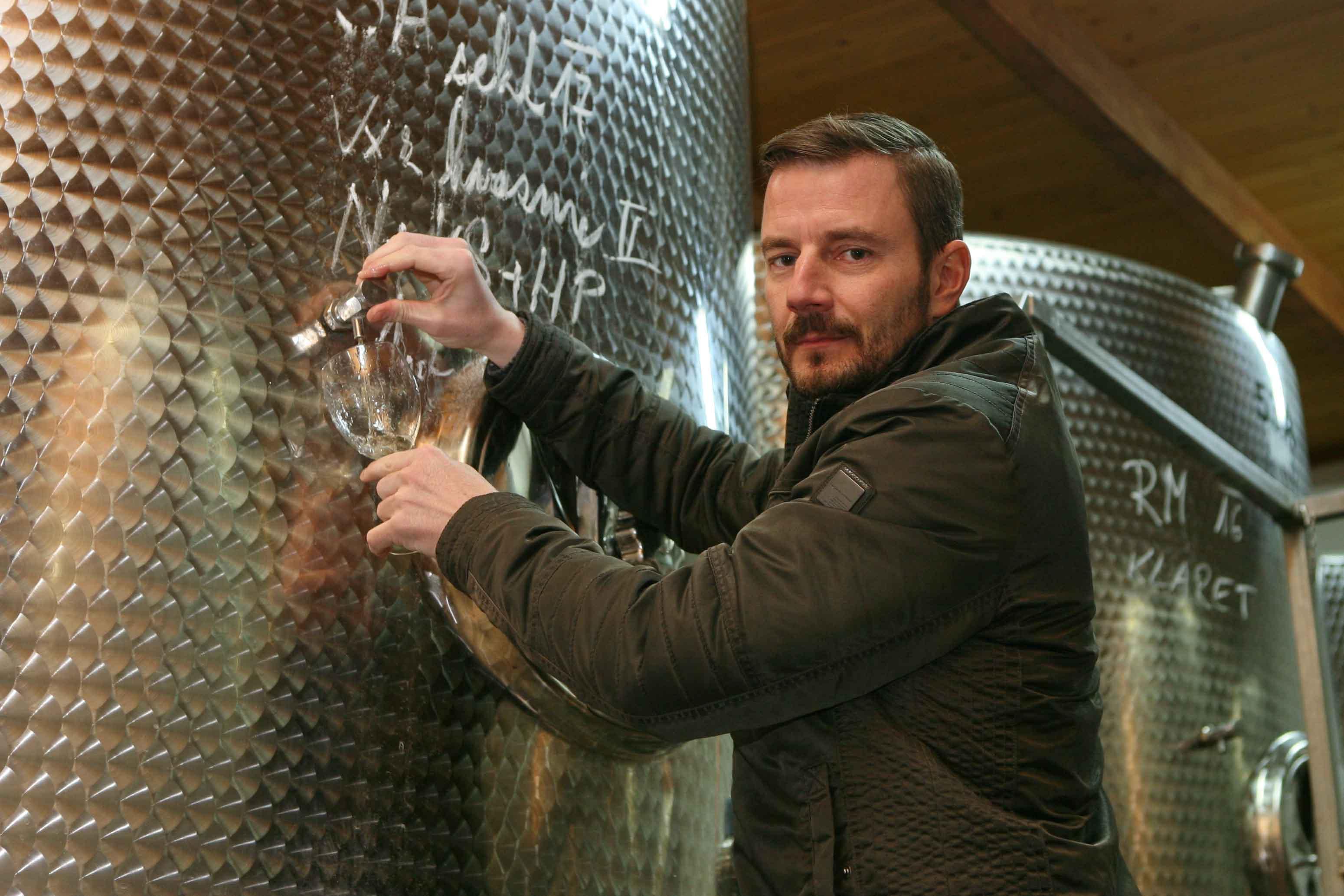 Vinné sklepy Lechovice sklepmistr p. Hrachovský