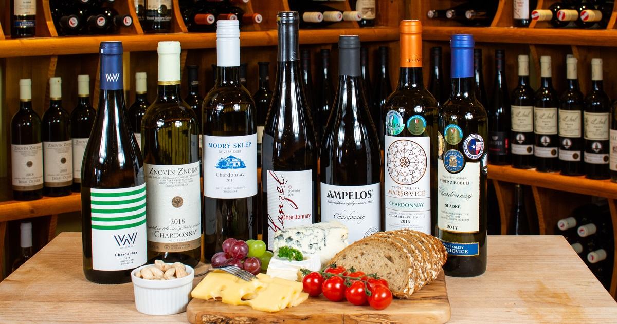 Víno Chardonnay máme skladem mnoho lahví